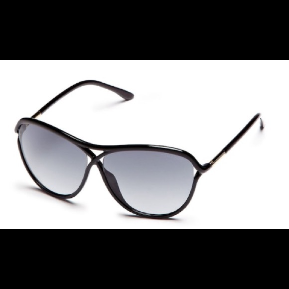 30c943490875 New Tom Ford Tabitha Round Frame Sunglasses. M 5a6d59e32ab8c58af137a7a3.  Other Accessories ...